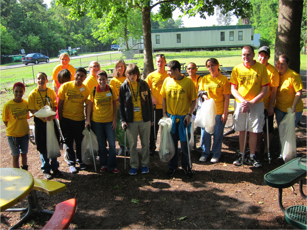 students beautifying the Jacksonville Zoo